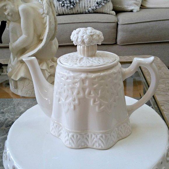 GORGEOUS White ROSES Lenox BUTLERS Pantry TEAPOT